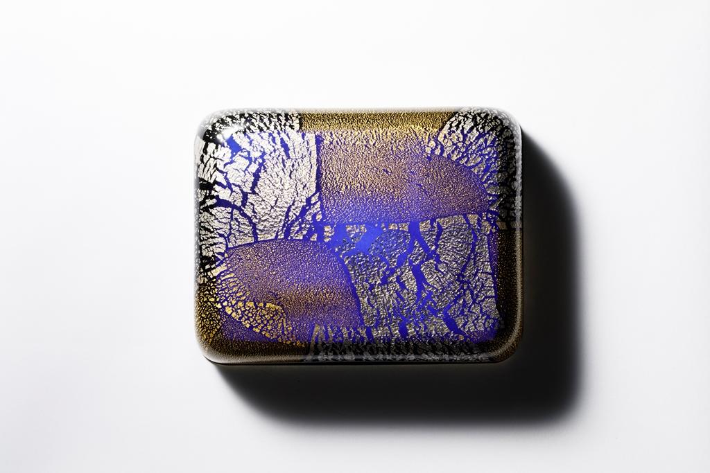 レベラションに出品する「玉手箱 冬の海『白金』」