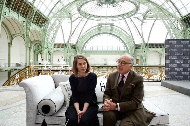 レベラションの主催者であるフランス工芸作家組合のオード・タオン会長と、レベラションの総合キュレーターを務めるアンリ・ジョッベ-デュバル氏 写真:Julie Rousse