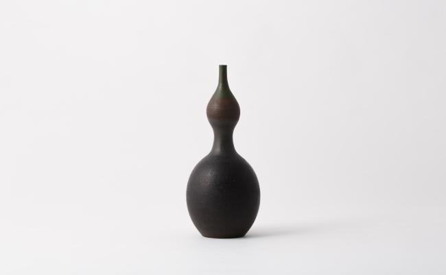 1919_唐津焼/岡本作礼/黒唐津瓢花入