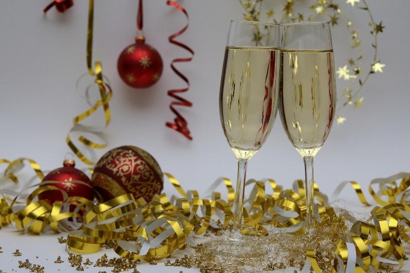 クリスマスの夜を彩るテーブルウェアを、ぜひふるさと納税で!