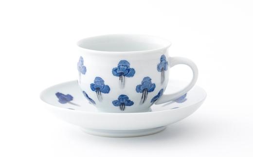 有田焼/坂本窯陶工房/布染根引松文コーヒー碗皿